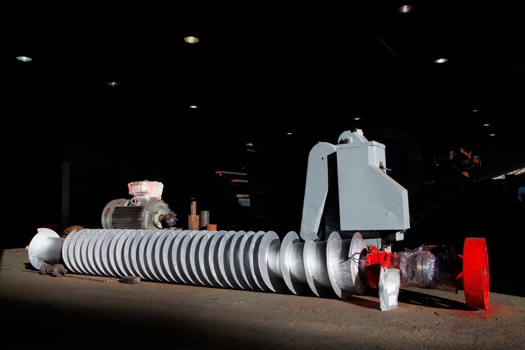 Servicios Calderería y soldaduras especiales - Mantenimientos y Montajes SCA