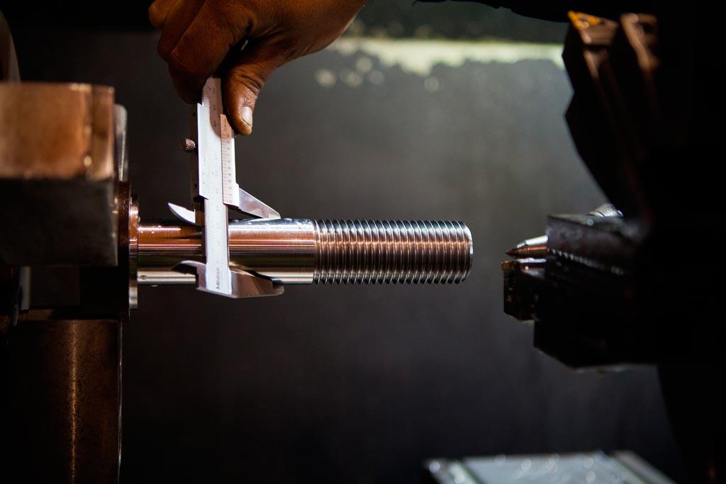 Servicios mecanizado y rectificado - Mantenimientos y Montajes SCA